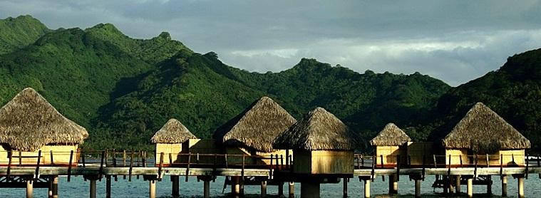 L'île de Tahaa, lever du soleil