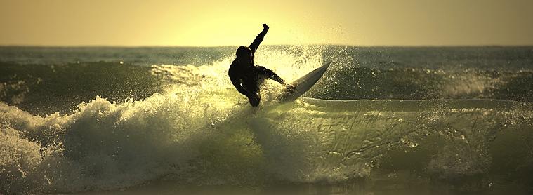 Pour les amateurs de Surf, venez découvrir les nombreux spots de l'Indonésie !