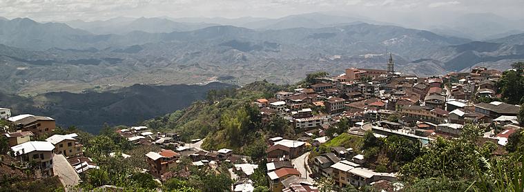 Zaruma, ville perchée sur les collines, que vous pourrez découvrir lors de votre voyage en Equateur