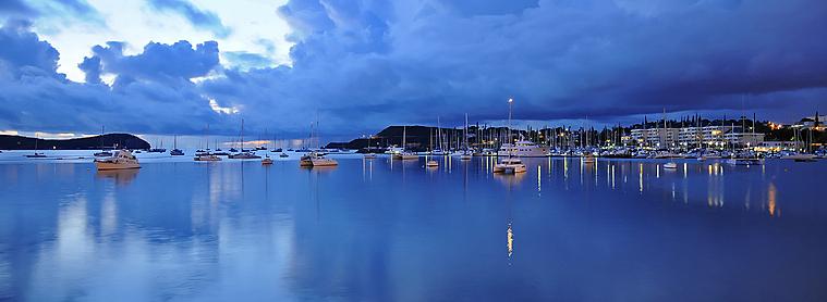 Au coucher du soleil, profitez en pour un dînez romantique en Nouvelle-Calédonie !