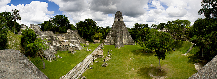 Amateur de culture Latine ? Les sites archéologiques de Tikal sont fait pour vous !