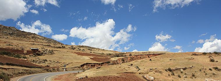Sur les routes pour découvrir le paysage étonnant du Pérou !