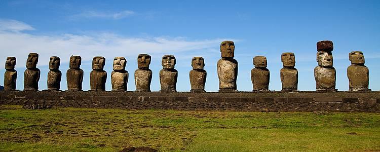 Alla scoperta di Moai e Pukao