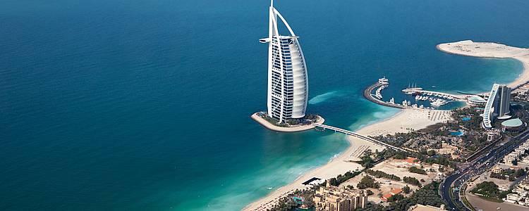 Combina l'affascinante Dubai con il paradiso delle Maldive