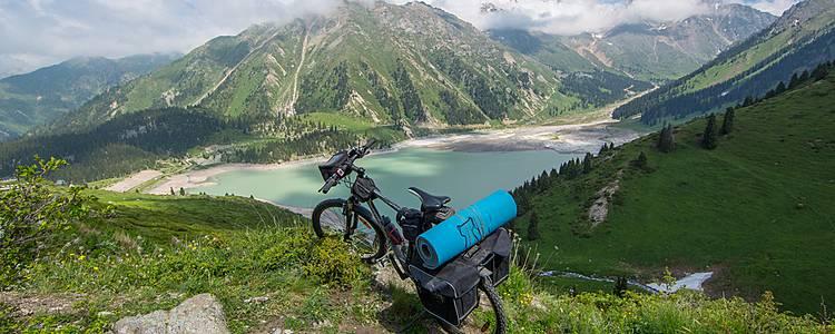 Mit dem Rad durch Berg und Tal