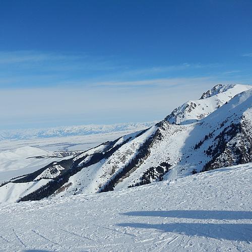 Ski dans les montagnes de Karakol - Bichkek -