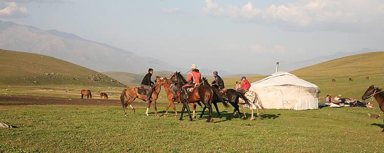 Chevauchée au pays des Nomades